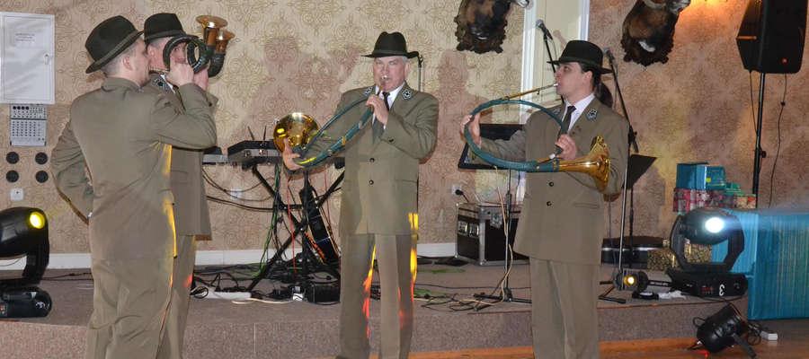 Jak podczas wcześniejszych edycji 10. Bal w Stylu Myśliwski w Sajmino Family House rozpoczną sygnaliści myśliwscy