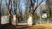 Szczytem odwagi było przebiegnięcie o północy główną alejką przez cmentarz św. Józefa