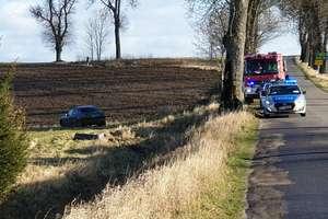 Dwie osoby poszkodowane w wypadku pod Barcianami
