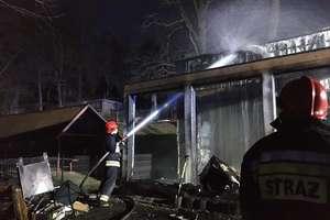 Dwa pożary domów letniskowych w Stanicy Wodnej Stranda. Czy to były podpalenia?