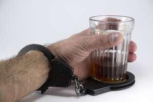 Ojciec z synem zatrzymali złodzieja alkoholu