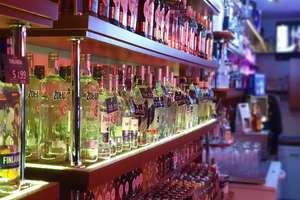 Policjant po służbie zatrzymał złodziei alkoholu
