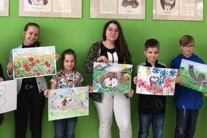 """""""Kwiaty polne – jako muzyka kraju rodzinnego…"""" - konkurs plastyczny w szkole"""