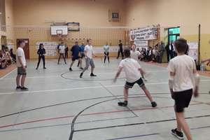 X Tłustoczwartkowy Turniej Piłki Siatkowej w Tereszewie