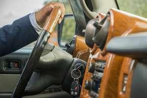Wielu kierowców jeździ bez OC. Jednak można ich łatwo wykryć