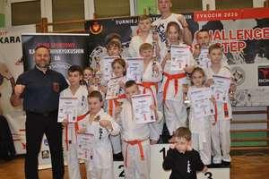 Sukcesy i wyzwania karateków z Dojo Sosnowski