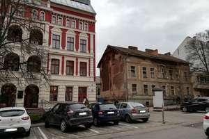 Rusza remont kamienicy na Dąbrowszczaków [SONDA]
