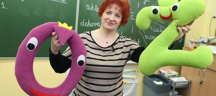 Renata Pasymowska uczy dzieci ortografii w niebanalny sposób