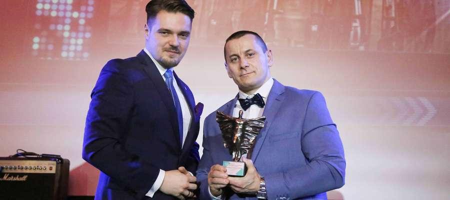 Poseł Michał Wypij i Maciej Wyszyński, współwłaściciel Klubu CrossBoxFit Kętrzyn