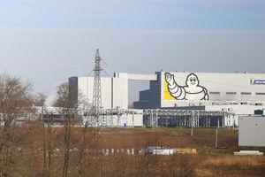 Koronawirus w fabryce w Olsztynie. Rzeczniczka: jesteśmy w ścisłym kontakcie z instytucjami odpowiadającymi za bezpieczeństwo sanitarne [AKTUALIZACJA]