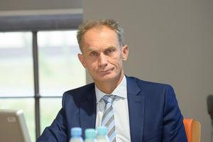 Rektorzy do polityków w sprawie koronawirusa: Nie wprowadzajcie w błąd, to może doprowadzić do tragedii. Pod listem podpisał się prorektor ds. Collegium Medicum UWM