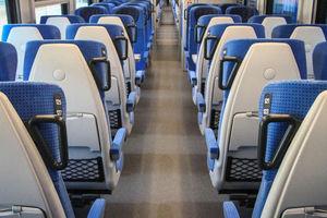 Pociągi do Olsztyna utknęły na torach