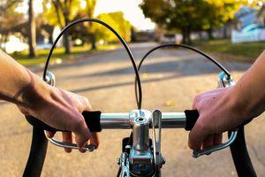 Czy w czasie epidemii koronawirusa możemy jeździć rowerem?