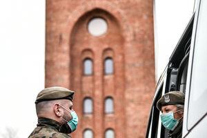 Profesjonalne sprzęty do walki z koronawirusem trafiają do Olsztyna
