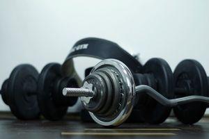 Prowadził siłownię w Olsztynie pomimo obowiązującego zakazu. W środku ćwiczyło kilka osób