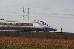 13-latka zginęła pod kołami pociągu