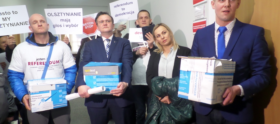 Inicjatorzy referendum zebrali 14561 podpisów