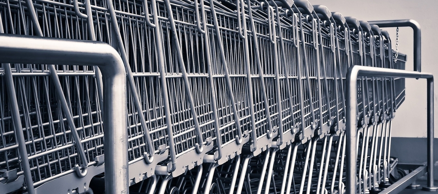 Sklepy czyszczą wózki codziennie