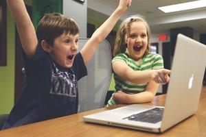 Prawie 70 tys. zł na laptopy dla uczniów z gminy Iława