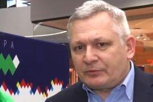Artur Dryhynycz: Stawiam dolary przeciwko pustym kartonom po mleku [FELIETON]