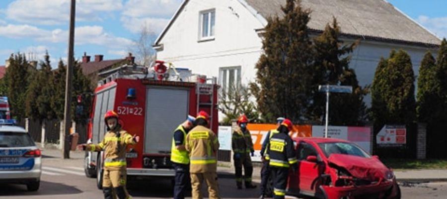 Zderzenie dwóch aut na skrzyzowaniu Z. Morawskiej i T. Kościuszki