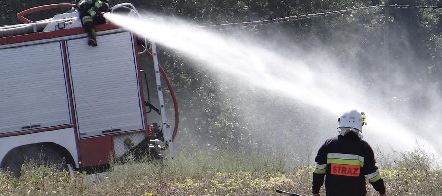Zdjęcie ilustracyjne (w akcji strażacy OSP z powiatu nowomiejskiego)