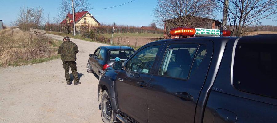 Strażnicy Leśni z Nadleśnictwa Zaporowo zatrzymali pijanego kierowcę samochodu