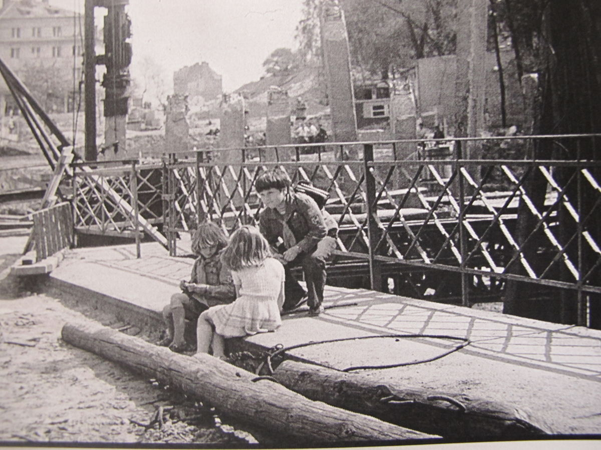 stary most na Łynie Niepodległosci