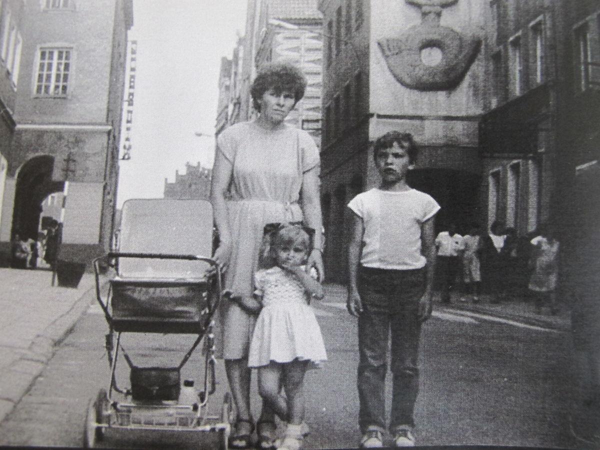 żona i dzieci J Szczesniaka