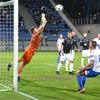 Legia nadal walczy z Sokołem