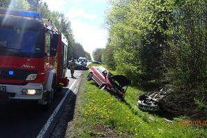 [WIDEO]  Ku przestrodze! Obejrzyj film z wypadku na DK51 z udziałem trzech aut