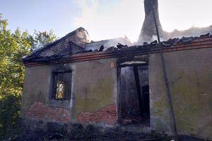 Pożar budynku w Pręgowie. Jest ofiara śmiertelna