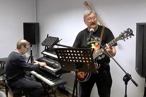 Koronawirus może być też inspiracją dla muzyków - kapela z gminy Giżycko nagrywa piosenkę [posłuchaj]