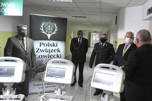 Myśliwi pomagają szpitalowi w Ostródzie