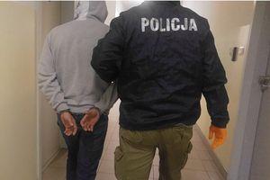 Szukali skradzionych mebli, znaleźli narkotyki i urządzenia do ich produkcji