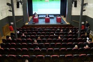 XXV sesja Rady Miasta Bartoszyce w cieniu protestów