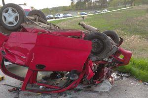 Wypadek pod Lubajnami. 26-letni kierowca  zmarł w szpitalu