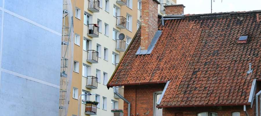 Podwórko na ulicy Żeromskiego w Olsztynie