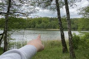 Sprawdzają, co kryje jezioro Dejnowa