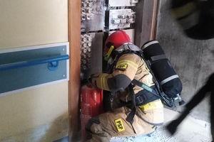 Pożar instalacji elektrycznej w bartoszyckim szpitalu [ZDJĘCIA]