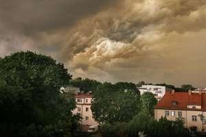 Kolejne ostrzeżenie IMGW. Znów nadciągają burze z gradem.  [MAPA BURZ]