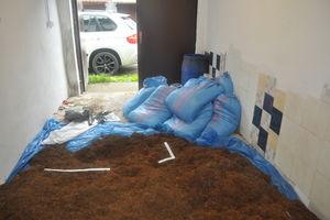 300 kilogramów nielegalnego tytoniu w jednym z giżyckich garaży