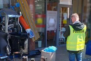 Nieznani sprawcy wysadzili bankomat