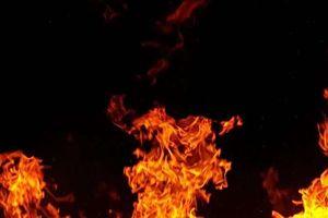 Pożar mieszkania na Warszawskiej, w środku były trzy osoby w stanie upojenia alkoholowego