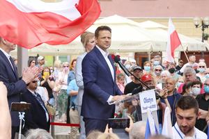 Rafał Trzaskowski w Olsztynie. Na Starym Mieście tłumy [ZDJĘCIA]