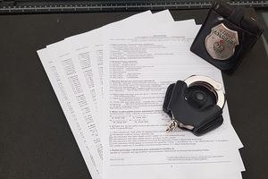 Zarobili prawie 400 tys. zł na podrabianiu dokumentów. Akt oskarżenia wpłynął do sądu