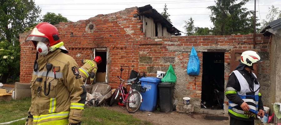 W Goryniu doszło do pożaru w budynku gospodarczym, w którym mieszka mężczyzna