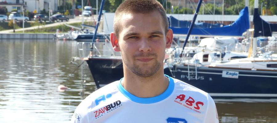 Paweł Sagan (Jeziorak Iława) w sparingu z Wierzycą Pelplin zagrał w ataku i w pierwszej połowie dwukrotnie wpisał się na listę strzelców