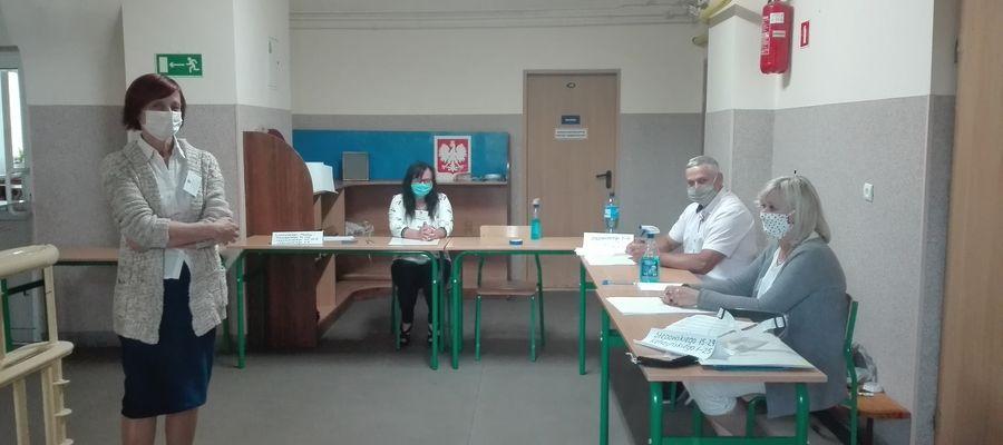 W Obwodowej Komisji ds. Referendum nr 13 w Ostródzie tłoku przy urnie nie było