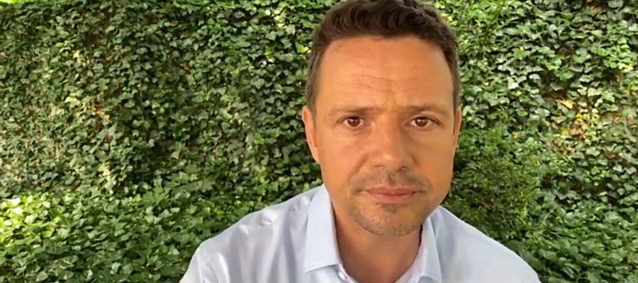 Rafał Trzaskowski podczas zdalnej konferencji.